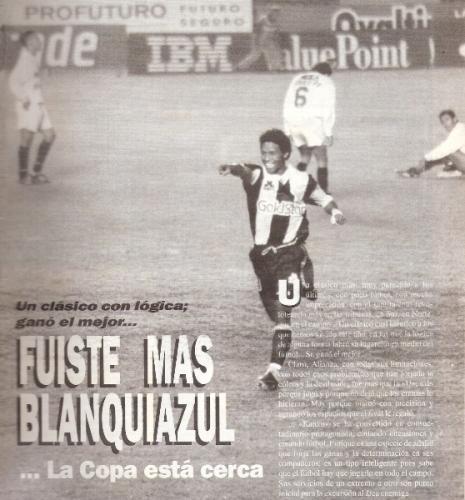 El grito de Jayo ante la 'U' luego de marcarle a Yupanqui en la Liguilla de 1994 (Foto: revista Estadio)
