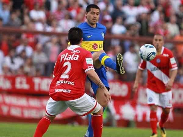 NO LO LOGRÓ. Boca Juniors   se encontró con un aguerrido Argentinos Juniors y solo puede rescatar un punto. El conjunto 'xeneize' se mantiene como líder en el fútbol argentino. (Foto: La Nación)