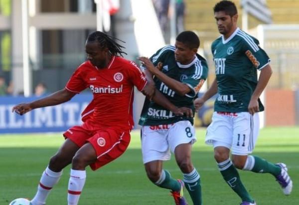 ROJOS DE IRA. En una gran actuación de Leandro Damiao, el Inter derrotó a domicilio a Palmeiras por 0-3.(Foto: VIPCOMM)