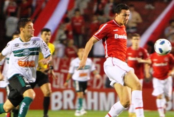 SE QUEDARON. El Inter perdió una gran oportunidad de acercarse a los primeros puestos tras igualar 1-1 ante Coritiba. (Foto: Vipcomm)