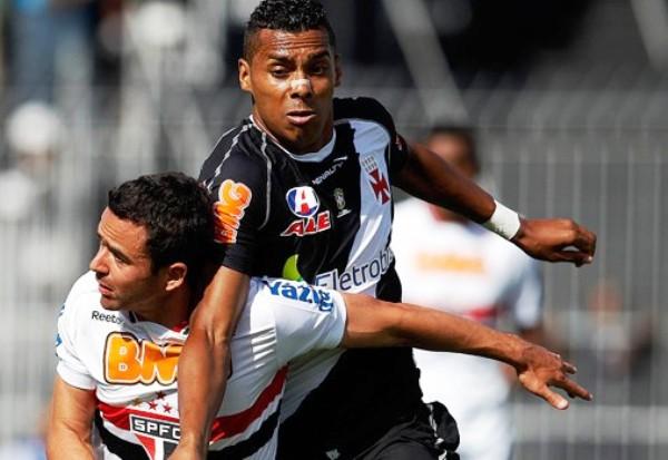 POR POCO. Vasco no pudo con Sao Paulo e igualó sin goles. Tras este resultado, ahora comparten la punta del torneo con el Corinthians. (Foto: Ag.estado)
