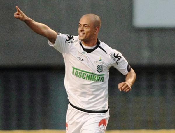 NO ES NOVEDAD. Figueirense continúa ascendiendo en la tabla tras su triunfo 0-1 ante el Botafogo. (Foto: AGENCIA ESTADO)