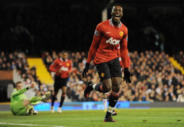 QUIEREN LA PUNTA. El Manchester United se mantiene segundo tras su categórico triunfo de 0-5 frente al Fulham. (Foto: PremierLeague.com)