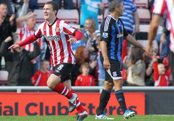 TREMENDA VICTORIA. Sunderland logró la victoria más abultada de la fecha tras imponerse por 4-0 al Stoke City. (Foto: premierleague.com)
