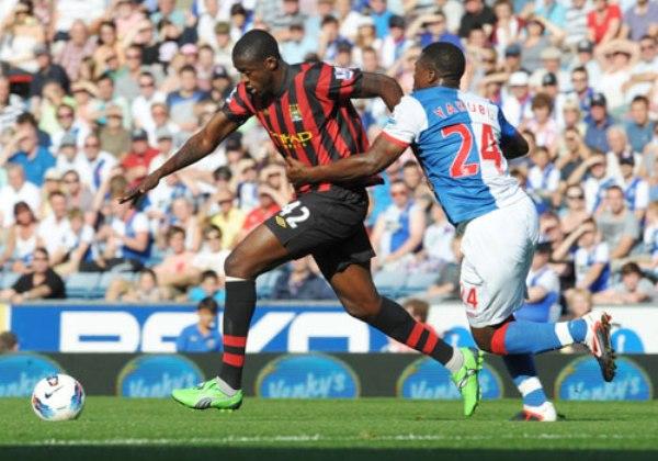 NO LOS DETIENEN. De la mano de  Yaya Toure, el City continúa en lo más alto de la Premier tras derrotar 0-4 al Blackburn. (Foto: PremierLeague.com)