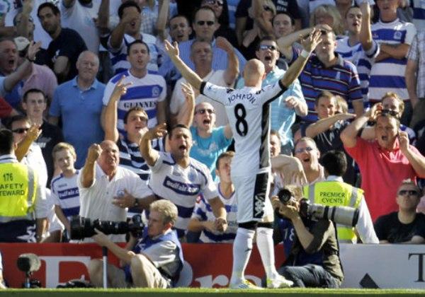 MEDIA DOCENA. El Fulham logró la victoria más abultada de la fecha tras vencer 6-0 al Queens Park con un hat–trick de Andrew Johnson.  (Foto: PremierLeague.com)