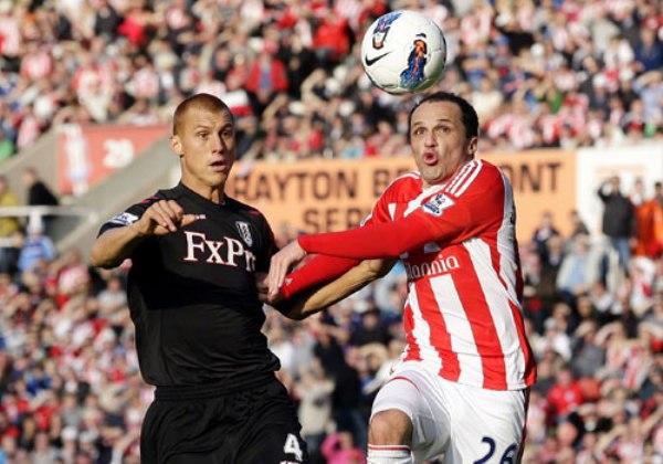 TIENEN ALTURA. El Stoke continúa cumpliendo una buena temporada y se ubica en la séptima ubicación tras vencer 2-0 al Fulham. (Foto: Premierleague.com)