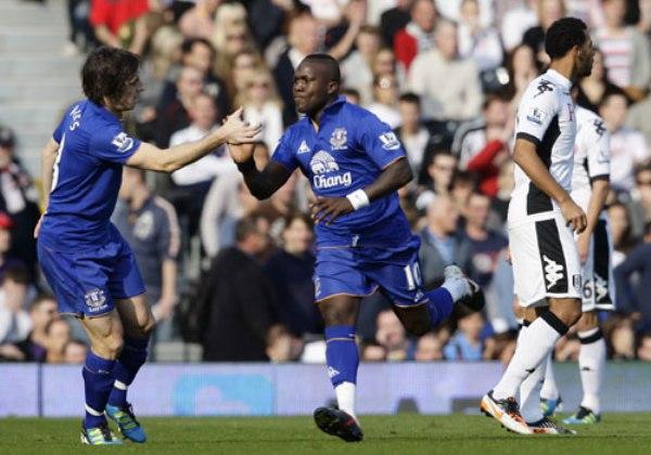 ESCAPE A LA VICTORIA. El Everton consiguió un triunfo importante para salir del fondo al superar 1-3 al Fulham. (Foto: Premierleague.com)