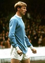 Colin Bell, leyenda viva del City. Jugó 394 partidos y anotó 117 goles entre 1966 y 1979 (Foto: BBC Sports)