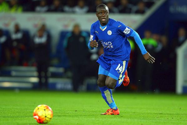 Kante fue clave en el título del Leicester. (Foto: AFP)