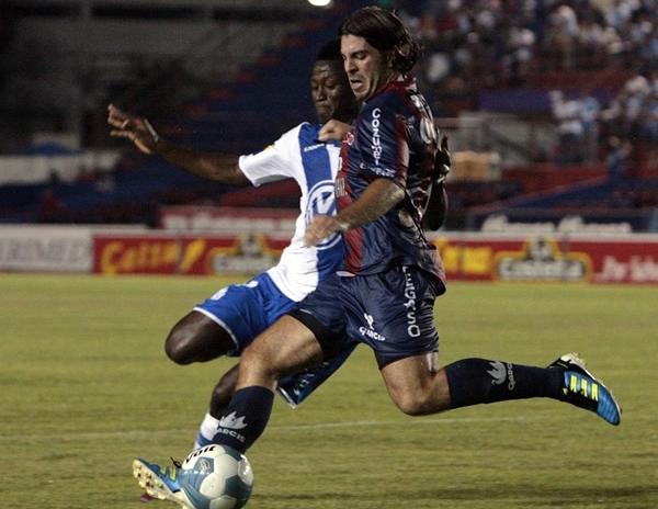 CARNAVAL DE GOLES. Atlante pasó por encima al Pueblo y le asestó una humillante goleada de 5-1. (Foto: Mexsport)