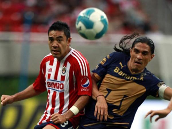 PARA NADIE. Chivas y Pumas no se hicieron daño e igualaron a cero en un discreto encuentro. (Foto: Mexsport)