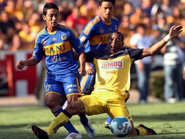FELINOS FRENADOS. En un gran partido América logró sacar un buen empate en su visita a Tigres. (Foto: Mexsport)