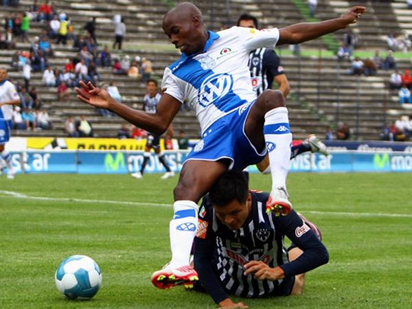 LA SACÓ BARATA. En un encuentro con muchas emociones, Puebla y Monterrey empataron 3-3. El conjunto 'poblano´pudo ganar el encuentro. (Foto: Mexsport)