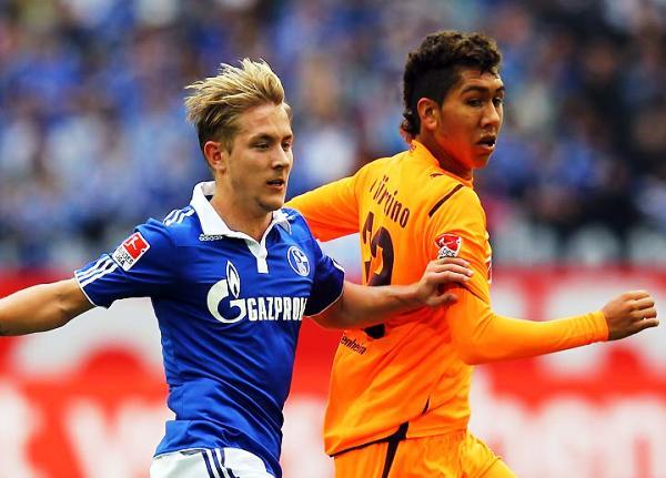 TOMAN PROTAGONISMO. El Schalke se apoderó del segundo lugar de la tabla tras imponerse por 3-1 al Hoffenheim. (Foto: Bundesliga.de)