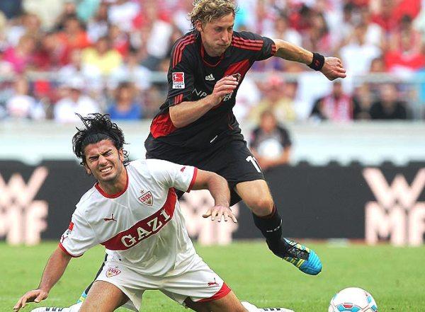 CON MUCHO TRABAJO. Bayer Leverkusen se impuso a Stuttgart en un choque parejo. Los rojinegros sumaron dos victorias consecutivas y se metieron en la zona media de la tabla (Foto: bundesliga.de)