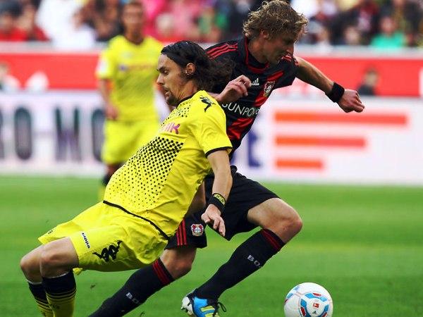 UNO ES NINGUNO.  Bayer Leverkusen y Borussia Dortmund igualaron sin goles en un partido discreto. Se esperaba más de ambos equipos. (Foto: Bundesliga.de)