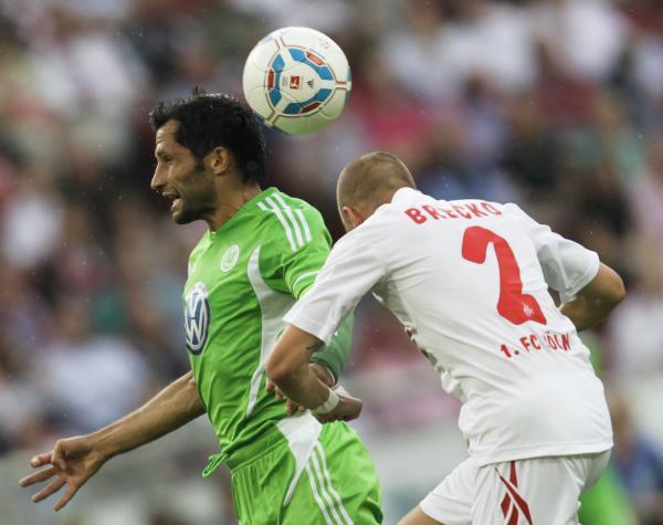 OFICIO PARA GANAR. De la mano de  Hasan Salihamidzic, Wolfsburgo logró un gran triunfo ante el Colonia. (Foto: Reuters)