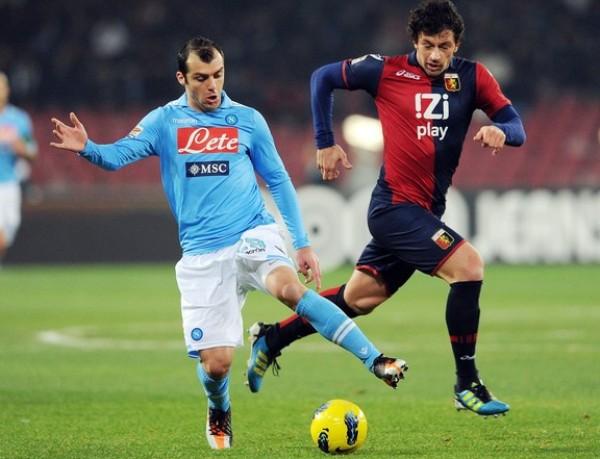 SIN PIEDAD. El Nápoles no tuvo contemplaciones del Genoa y le asestó una dura goleada de 6-2. (Foto: AFP)