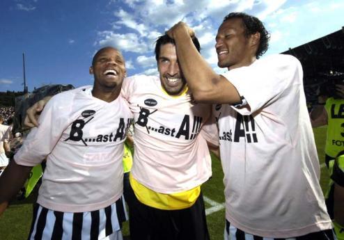 La Juventus festejando su retorno a la Serie A hace algunos meses (Foto: sobrefutbol.com.ar)