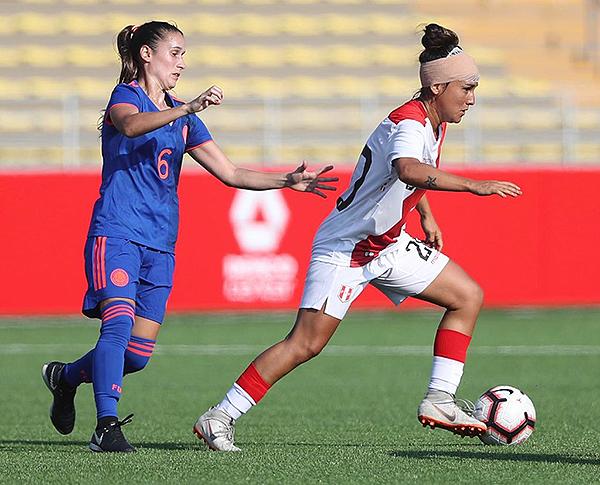 La selección femenina de Dorival Bueno se prepara con fuerza. (Foto: Prensa FPF)