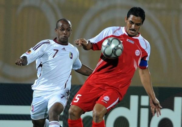 En acción ante Tahití, modesto cuadro al cual le marcó un 'hat-trick' (Foto: AFP)
