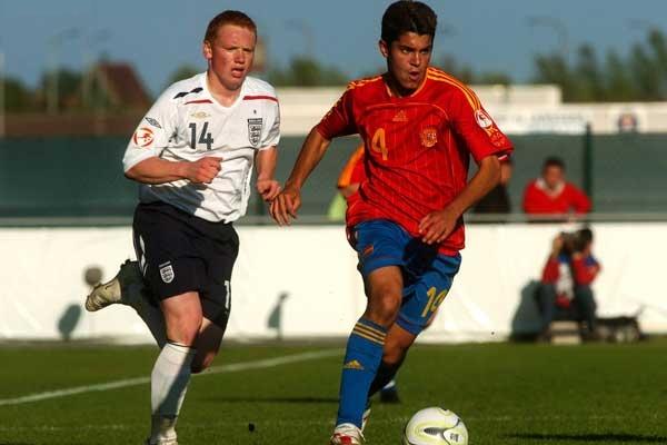 En 2007, con la selección española que participó en el europeo Sub-19 desarrollado en Bélgica. Aquella vez obtuvieron el máximo trofeo (Foto: fai.informazione.it)