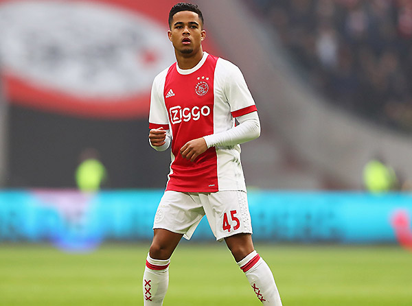 Kluivert ha logrado números sorprendentes en Holanda. (Foto: Getty Images)