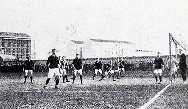 Por la Copa Chiasso, Milan e Inter se vieron por primera vez, en 1909. (Foto: inter-calcio.it)