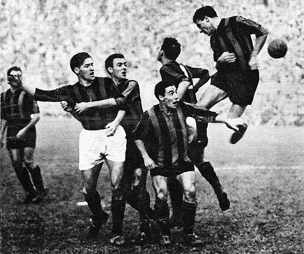 Inter 6 - Milan 5, el clásico entre ambos con más goles. Fue en la Serie A 1949/50. (Foto: Pinterest)