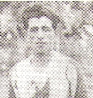 Narciso León formó parte del plantel de Alianza Lima en la década de los treinta (Recorte: libro '¡...Arriba Alianza!, Teodoro Salazar Canaval)