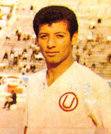 Fernando 'Zorro' Alva, padre de Piero, fue delantero como lo es ahora su hijo y se identificó con Universitario (Foto: álbun Ídolos)