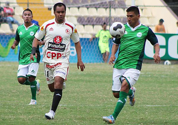 Henry Quinteros es una de las principales variantes ofensivas de León (Foto: Mihay Rojas / DeChalaca.com)