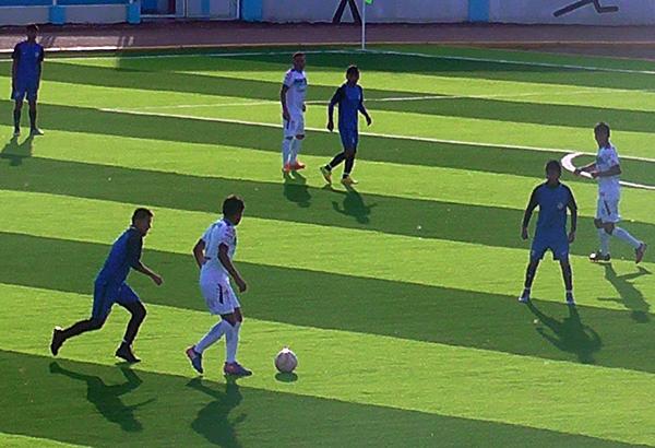 Sport Collao y UDE protagonizaron partidos de mucha intensidad. Sin embargo, lo de Azángaro acabarían celebrando. (Foto: Radio Excelente de Ilave)