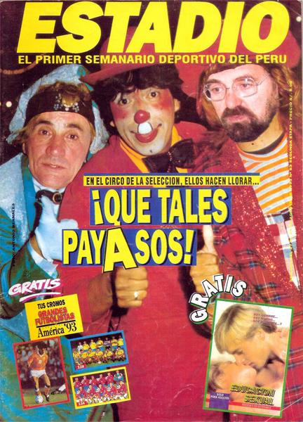 Recordadísima portada de Estadio con Vladimir Popovic y Francisco Lombardi montados con el disfraz de payasos (Recorte: revista Estadio)