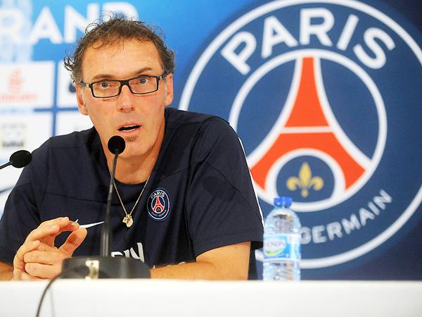 Blanc estableció un 4-3-3 insuperable en Francia. (Foto: AP)