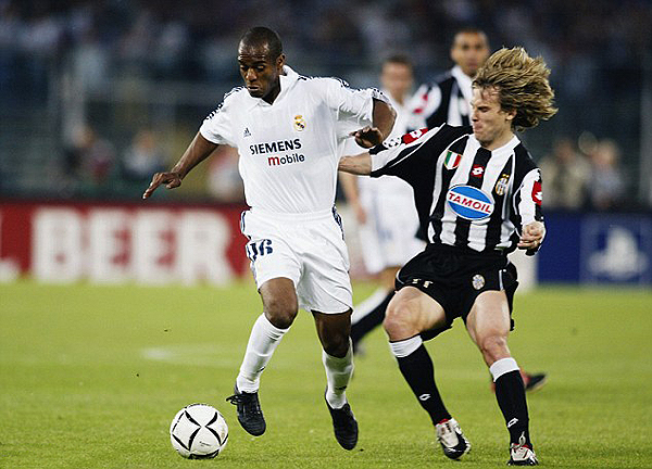 En el duelo de la Champions League 2001/02, Nedved sería determinante. (Foto: Getty Images)