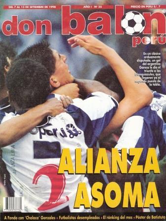 Gareca en portada (II): en el remate que hizo llegar el gol (Recorte: revista Don Balón Perú, N° 25 p. 1)