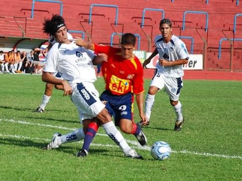Gareca hoy, jugando para Deportivo Español en el torneo de Primera B del fútbol argentino (Foto: cde.com.ar)
