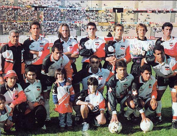 Con Huracán Buceo, Karim Adippe alcanzó cierta regularidad en el fútbol uruguayo. Aquí, el 'Búfalo' aparece en cuclillas al medio de la imagen un año antes de pasar a Nacional (Foto: anotandofutbol.blogspot.com)
