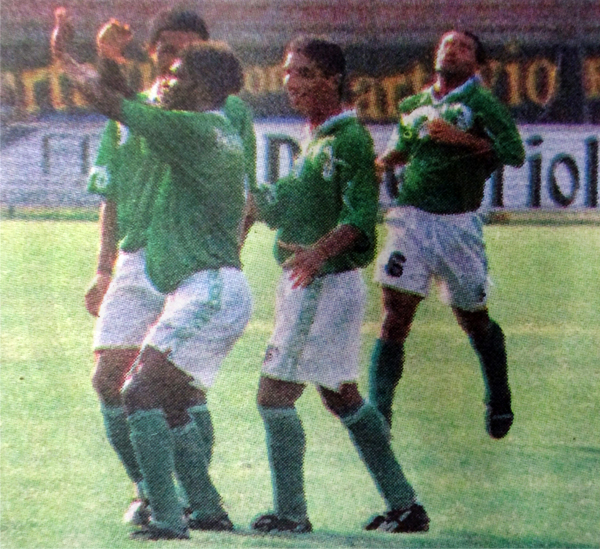 El regreso de Rosinaldo al fútbol peruano fue lleno de goles vistiendo la camiseta de Alcides Vigo (Recorte: diario El Bocón)