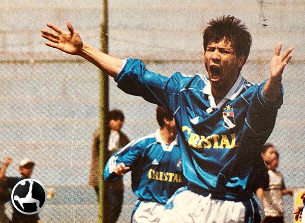 Aunque apareció en faceta goleadora, Sánchez no siguió en Cristal. (Recorte: revista Once)