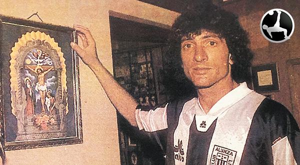 Tannucci no tuvo mayor continuidad y regresó al fútbol chileno. A Palestino, precisamente. (Recorte: diario Ojo, suplemento Crack)