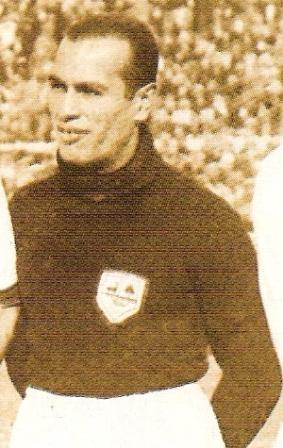 Con Pardón en el arco, la defensa ante Uruguay en el '30 fue colosal (Foto: revista Don Balón Perú, Extra Nº 4)