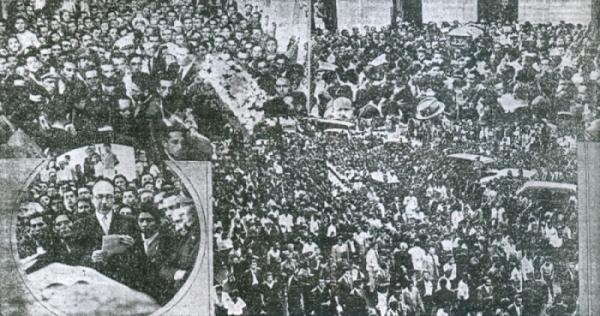 Escenas del multitudinario adiós a Víctor Bielich. (Recorte: diario La Crónica)