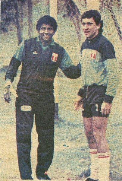 Con César Chávez Riva afrontó una dura pero sana competencia en el arco de la selección. (Foto: diario Expreso)
