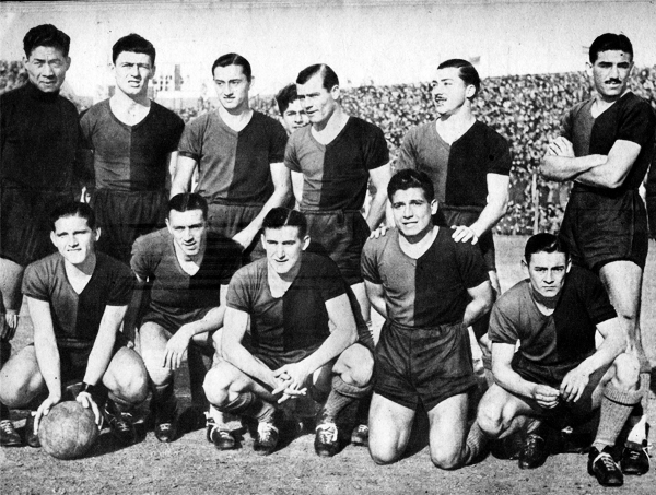 Con Newell's disputó 77 partidos oficiales y se consagró así como el arquero extranjero que más veces vistió la chompa del club rosarino. Acá en una oncena de 1943. (Foto: elrojinegro.com)