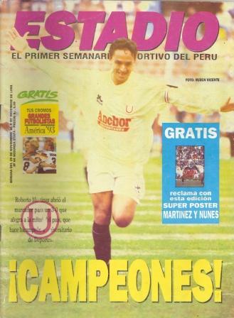 Y Roberto Martínez, siempre con Anchor en el pecho, en la consagración crema en 1993 también ante San Agustín (Recorte: revista Estadio)