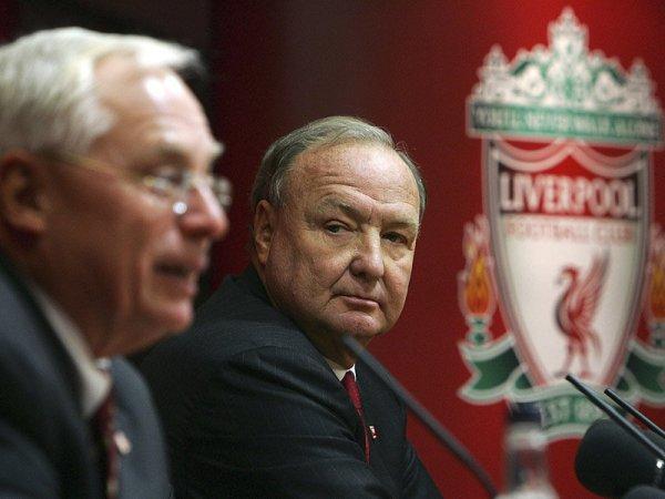 Gillet y Hicks, los dueños del Liverpool que ya habrían evaluado una nueva transferencia para este equipo (Foto: teamtalk.com)