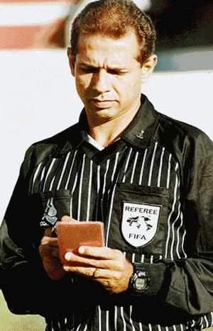 Oscar Godoi fue en su momento uno de los referentes entre los árbitros brasileños (Foto: bocaonews.com.br)